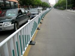 大连锌钢护栏